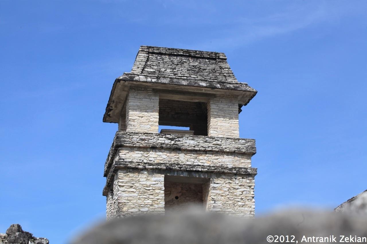 tour principale du palais royal de Palenque