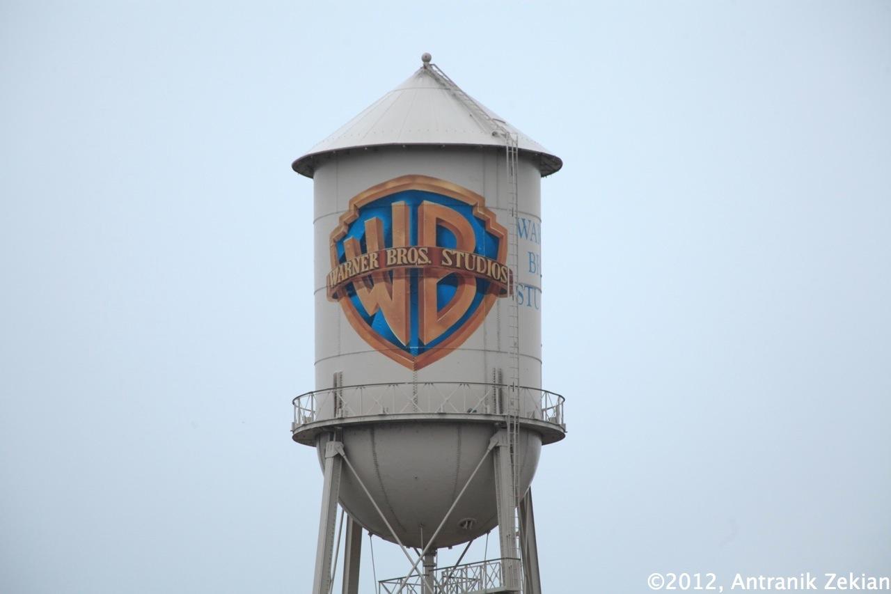 la célèbre water tower de la Warner