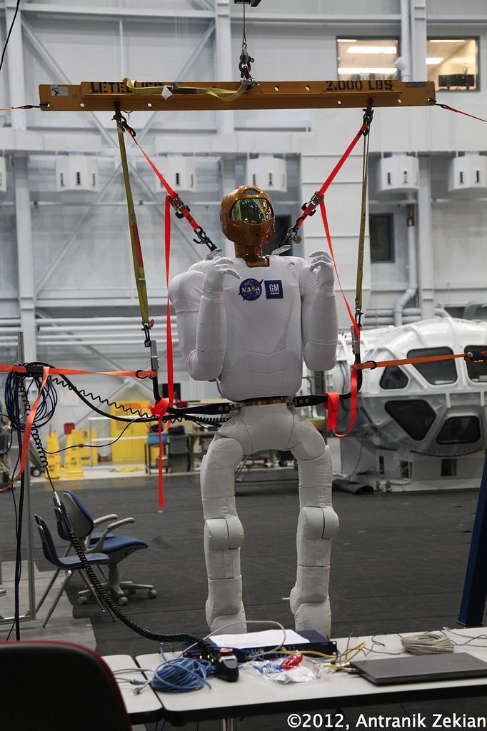 un robonaute: peut-être les futurs explorateurs numériques de l'espace...