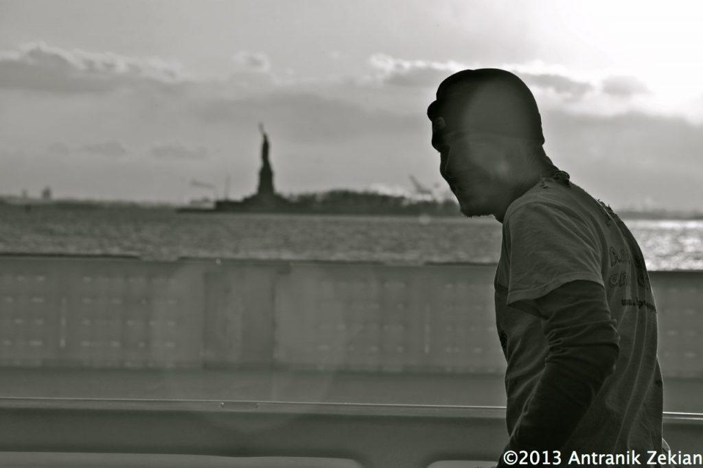 Arriver devant la Statue de la Liberté après 2,5 ans de route et 92000 km terrestre: YES I DID